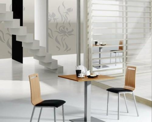 Mesas y sillas cocina estudio for Mesas y sillas madera