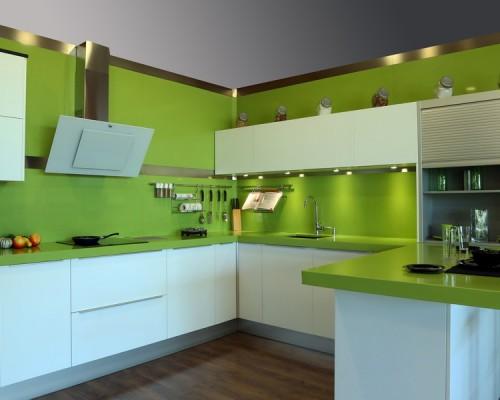 Chapeado en pared verde